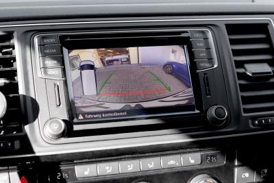 Kompletny zestaw kamery cofania do VW T6 SH 2020 ->