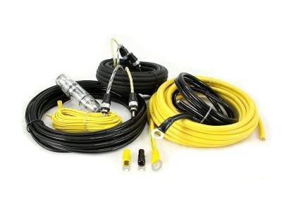 Zestaw kabli do wzmacniacza samochodowego Hollywood CCA-28
