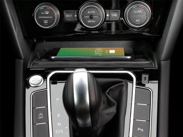 Inbay ładowarka indukcyjna Volkswagen Arteon 3H, Passat B8 2020 ->