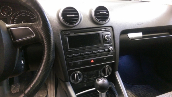 Ramka radiowa 2 DIN zestaw Audi A3 2003 - 2012